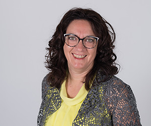Marion Lindenlaub